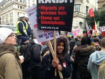 Молодой демонстрант анти--расизма, Лондон Стоковое Фото