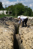 Молодой инженер на месте Стоковые Фотографии RF