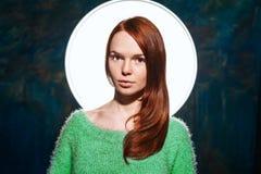 Молодой милый redhead предназначенный для подростков Стоковое Изображение