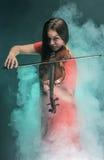 Молодой музыкант стоковое изображение