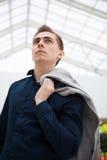 Молодой портрет бизнесмена Стоковая Фотография RF