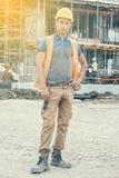 Молодой рабочий-строитель 2 Стоковые Фото
