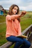 Молодой художник на горе Стоковое Изображение RF