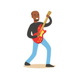 Молодой черный гитарист играя на электрической гитаре иллюстрация штока
