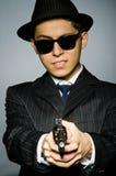 Молодой человек в классике striped костюм и шляпа Стоковое Фото