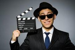 Молодой человек в классике striped костюм и шляпа Стоковые Изображения