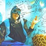 Молодой человек замаскированный с стеклами авиатора Стоковые Фото