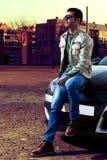 Молодой человек моды стоковое изображение