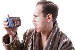 Молодой человек страдает от инсомнии Стоковая Фотография RF