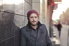 Молодой человек с усиком и бородой Стоковая Фотография RF