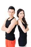 Молодые азиатские пары спорта стоковое изображение rf