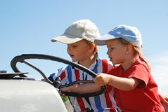Молодые водители трактора Стоковое Изображение