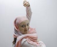 Молодые женщины одели в пинке, воюя снова рак молочной железы Стоковая Фотография