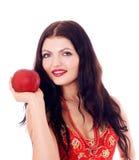 Молодые красивые женщины есть яблоко Стоковое Изображение