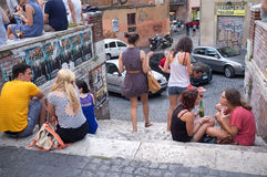 Молодые мальчики и девушки в Риме Стоковая Фотография RF