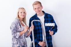 Молодые пары восстанавливая Стоковые Фотографии RF