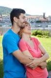 Молодые пары влюбленности в мечтах Стоковое Фото