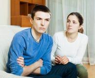 Молодые пары имея проблемы Стоковое Изображение RF