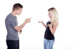 Молодые пары на дискуссии Стоковое фото RF