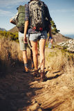 Молодые пары совместно в сельской местности Стоковая Фотография RF