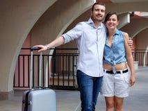 Молодые пары любовников на каникулах Стоковые Изображения