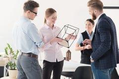 Молодые предприниматели работая совместно Стоковая Фотография