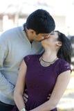 Молодые счастливые индийские пары Стоковая Фотография RF