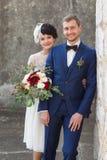 Молодые люди пар как раз пожененные Стоковое Изображение