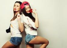 2 молодых милых девушки битника Стоковая Фотография