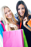 2 молодых друз ходя по магазинам совместно Стоковое Фото
