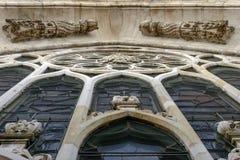 Мраморная рамка розового окна на соборе, милане, Италии Стоковые Фотографии RF