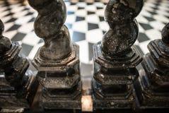 Мраморные столбцы в церков Стоковые Изображения