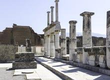 Мраморные столбцы на Помпеи Италии Стоковые Фотографии RF