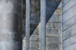 Мраморные штендеры в солнечном дне стоковые фото