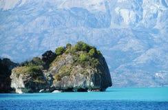 Мраморный остров пещеры, остров Capillas de Marmol в Чили стоковые фотографии rf