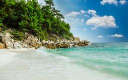 Мраморный пляж (пляж), острова Saliara Thassos, Греция Стоковые Фото