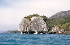 Мраморный собор на озере генерал Carrera, Патагонии, Чили стоковое фото rf