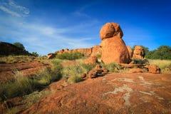 Мраморы дьяволов, северная территория Австралия стоковые фотографии rf