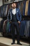 Мужская модель в костюме Стоковое Изображение RF