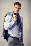 Мужская модель в костюме моды стоковое фото rf