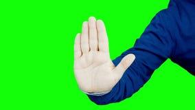 Мужская рука показывать изолированный знак остановки или стопа акции видеоматериалы