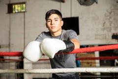 Мужская склонность боксера на веревочках Стоковое Изображение