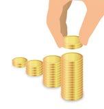 Мужской стог увеличения руки монеток, сбережений увеличения Стоковые Изображения RF