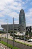 Музей Барселоны эпицентра деятельности Disseny и Torre Agbar Стоковое Изображение