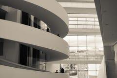Музей изобразительных искусств ARoS, Орхус, Дания - спираль лестницы Стоковое Изображение RF