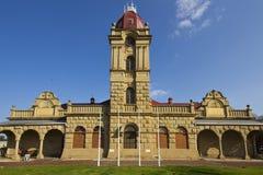 Музей с башней часов Стоковое Изображение