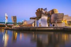 Музей Guggenheim на заходе солнца стоковое фото