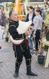Музыкант в грузинском национальном платье Стоковые Фотографии RF