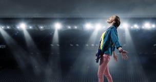 Музыкант утеса на концерте стоковое изображение