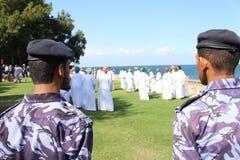 Музыка вахты 2 солдат традиционная выполненная в Омане стоковые фотографии rf